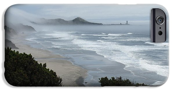 Agate Beach Oregon iPhone Cases - Moolack Marine 001 iPhone Case by DDs Outdoors