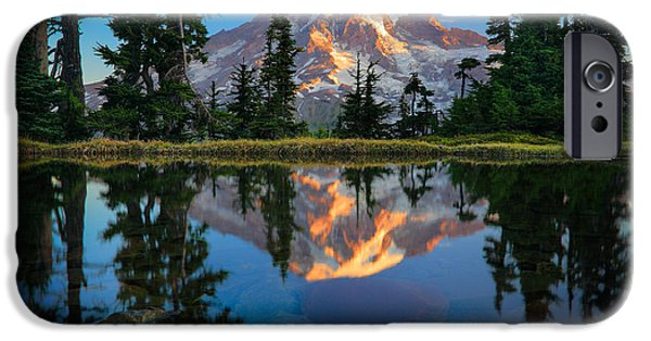 Harmonious iPhone Cases - Mount Rainier from Tatoosh Range iPhone Case by Inge Johnsson