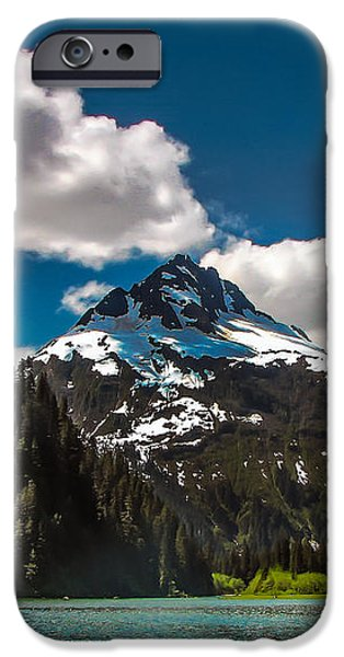Mountain View iPhone Case by Robert Bales