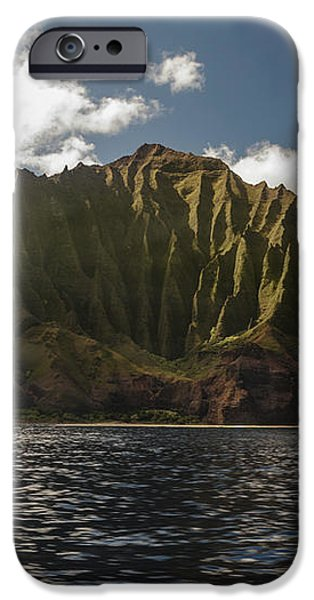 Na Pali Coast Kauai Hawaii iPhone Case by Brian Harig