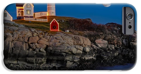 Maine iPhone Cases - Neddick Lighthouse iPhone Case by Susan Candelario