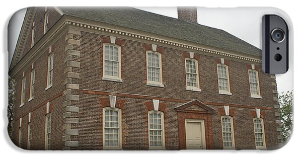 Yorktown Virginia iPhone Cases - Nelson House Yorktown iPhone Case by Teresa Mucha
