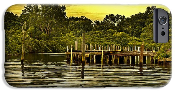 Dunk iPhone Cases - Neshaminy State Park iPhone Case by Tom Gari Gallery-Three-Photography