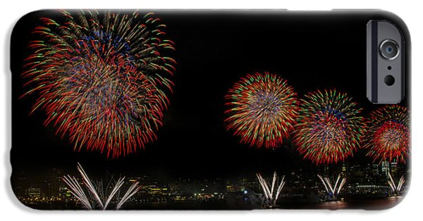 Fourth Of July iPhone Cases - New York City Celebrates the Fourth iPhone Case by Susan Candelario