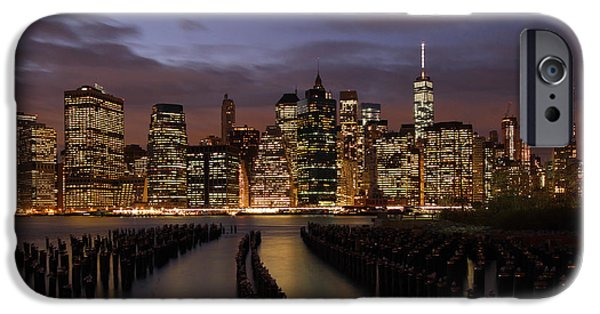 Hudson River iPhone Cases - Nyc iPhone Case by Juergen Roth