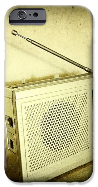 Old radio iPhone Case by Les Cunliffe