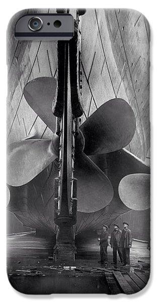 Titanic Propellers 1911 iPhone Case by Stefan Kuhn