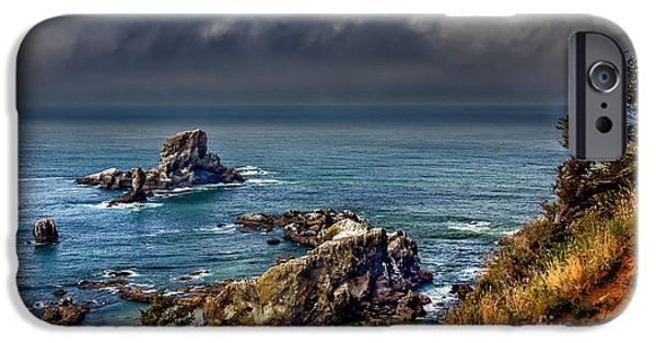 Seacapes iPhone Cases - Oregon Coast iPhone Case by Robert Bales
