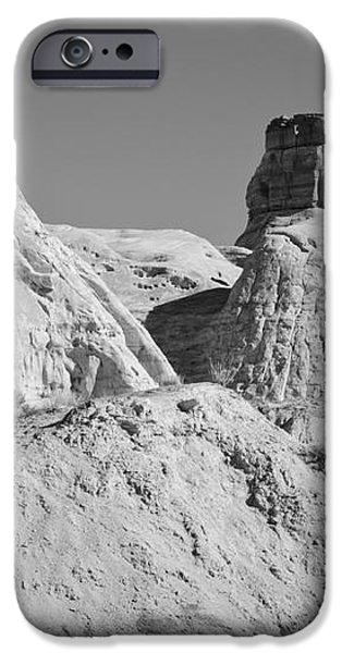 Paria Utah VI iPhone Case by Dave Gordon