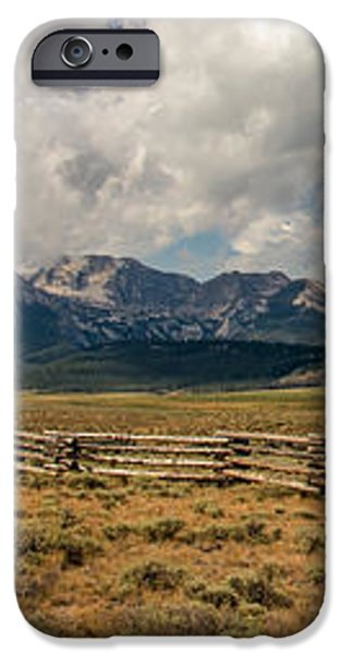 Sawtooth Range iPhone Case by Robert Bales