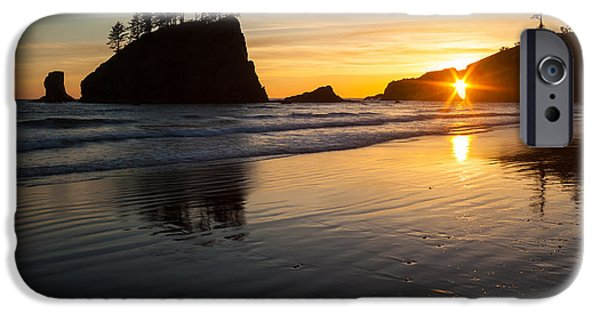 Washington Photographs iPhone Cases - Second Beach Sunstar iPhone Case by Mike Reid