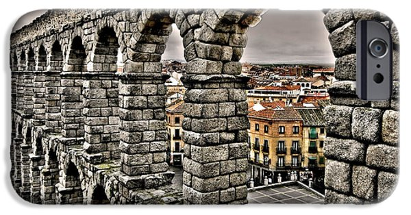 Spanien iPhone Cases - Segovia Aqueduct - Spain iPhone Case by Juergen Weiss