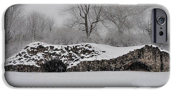 Friends Meeting iPhone Cases - Snow in Plymouth Meeting Pa iPhone Case by Bill Cannon