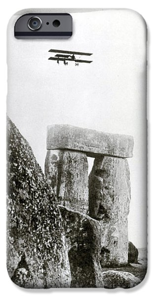 Stonehenge 1914 iPhone Case by Science Source