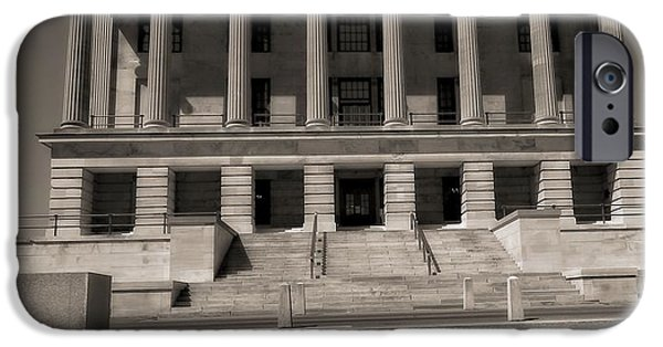 Tennessee Landmark iPhone Cases - Tennessee Capitol Building iPhone Case by Dan Sproul