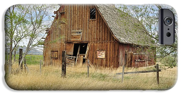 Daysray Photography iPhone Cases - the Barn  iPhone Case by Fran Riley
