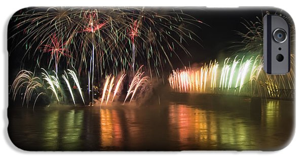 Pyrotechnics iPhone Cases - Thunder Over Louisville - D008432 iPhone Case by Daniel Dempster