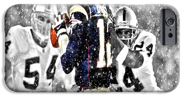 Romo iPhone Cases - Tom Brady Under Pressure II iPhone Case by Brian Reaves