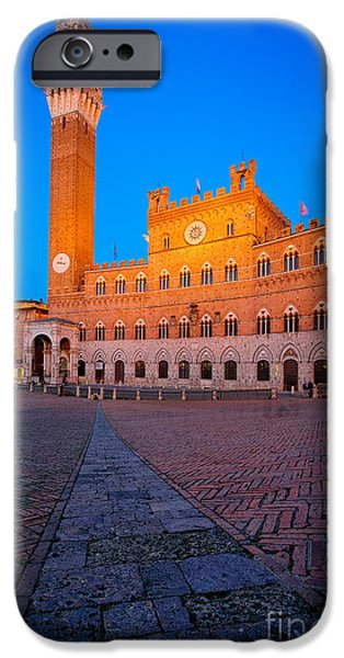 Il iPhone Cases - Torre del Mangia iPhone Case by Inge Johnsson