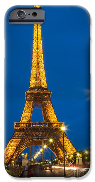 Tour Eiffel de Nuit iPhone Case by Inge Johnsson