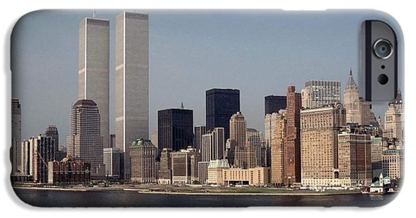 Twin Towers Nyc iPhone Cases - Twin Towers NYC iPhone Case by Elizabeth Pedras