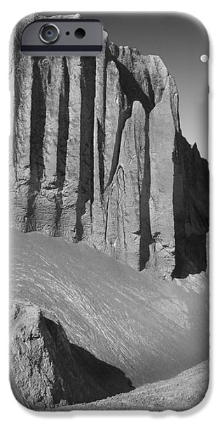 Utah Outback 20 iPhone Case by Mike McGlothlen