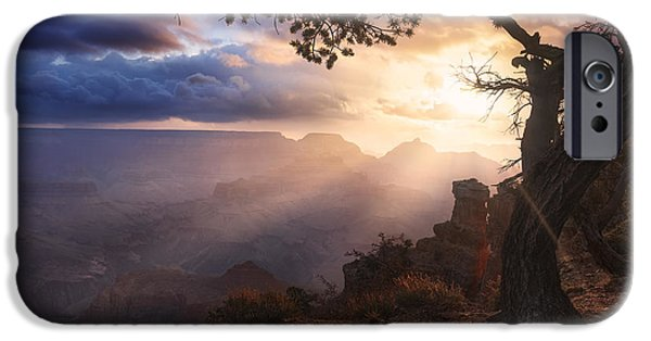 Grand Canyon iPhone Cases - Yaki Point iPhone Case by Michael Breitung