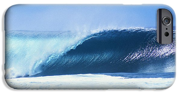 Banzai iPhone Cases - Perfect Wave At Pipeline iPhone Case by Vince Cavataio - Printscapes