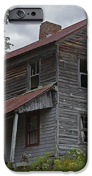 Abandoned Homestead iPhone Case by John Stephens