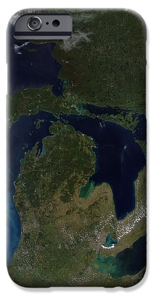 Satellite View Of The Great Lakes iPhone Case by Stocktrek Images