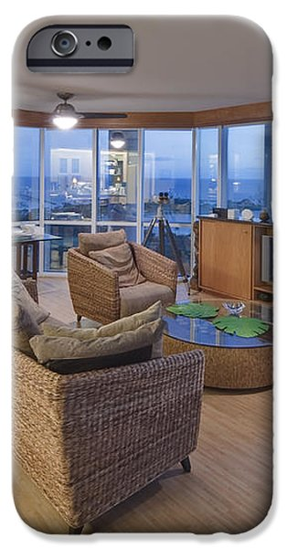 Usa Hi Honolulu Upscale Living Room iPhone Case by Rob Tilley
