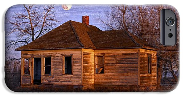 Haunted House iPhone Cases - Abandoned Farm House iPhone Case by Richard Wear