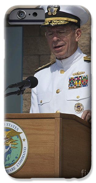 Mullen iPhone Cases - Admiral Mike Mullen Speaks iPhone Case by Michael Wood