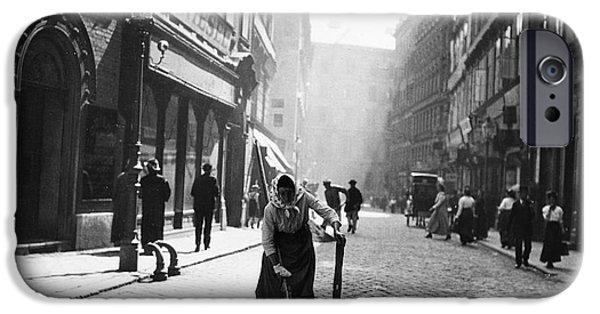 1916 Photographs iPhone Cases - Austria: Vienna, 1916 iPhone Case by Granger