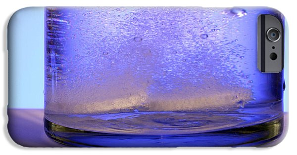 Effervescence iPhone Cases - Bicarbonate Of Soda Dissolving In Water iPhone Case by Photo Researchers, Inc.