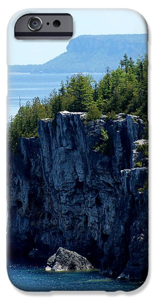 Bruce Peninsula National Park iPhone Case by Cale Best