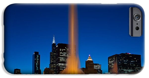 Chicago iPhone Cases - Buckingham Fountain Nightlight Chicago iPhone Case by Steve Gadomski