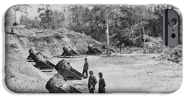 Yorktown Virginia iPhone Cases - Civil War Mortar Battery iPhone Case by Photo Researchers