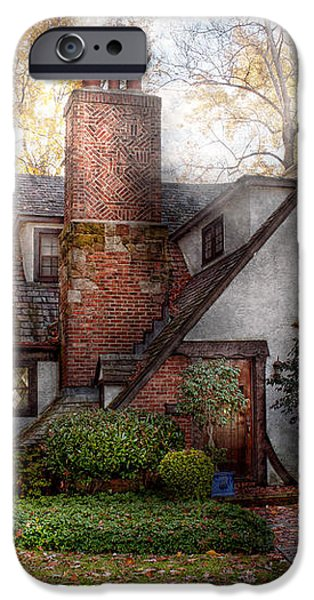Cottage - Westfield NJ - Grandma Ridinghoods house iPhone Case by Mike Savad