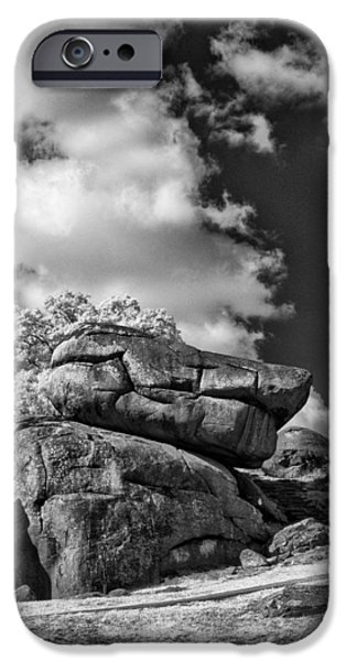 Devil's Den - 33 iPhone Case by Paul W Faust -  Impressions of Light