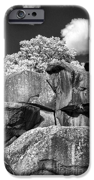 Devil's Den - 39 iPhone Case by Paul W Faust -  Impressions of Light