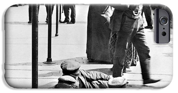 1907 iPhone Cases - Ellis Island: Immigrants iPhone Case by Granger
