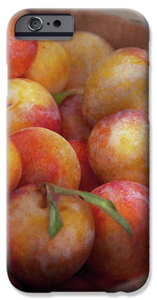 Food - Peaches - Farm fresh peaches  iPhone Case by Mike Savad