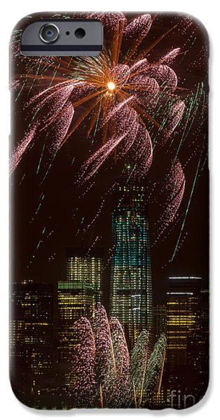 Fourth Of July iPhone Cases - Hudson River Fireworks X iPhone Case by Clarence Holmes