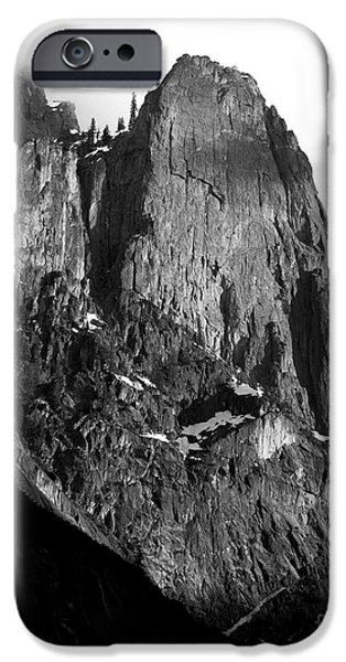 Mountains of Yosemite . 7D6167 . Vertical Cut . Black and White iPhone Case by Wingsdomain Art and Photography