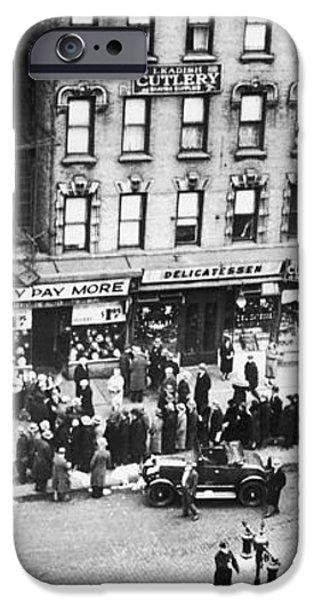 NEW YORK: BANK RUN, 1930 iPhone Case by Granger