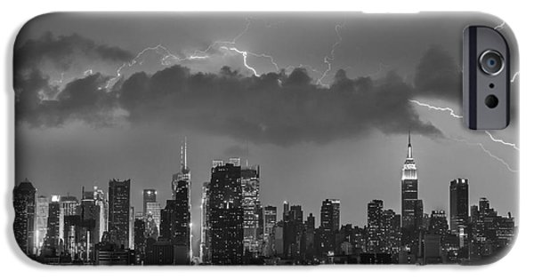 Building iPhone Cases - NYC All Charged Up BW iPhone Case by Susan Candelario