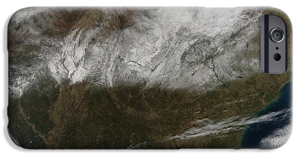 Southern Indiana iPhone Cases - Snow Cover Stretching From Northeastern iPhone Case by Stocktrek Images