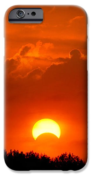 Solar Eclipse iPhone Case by Bill Pevlor