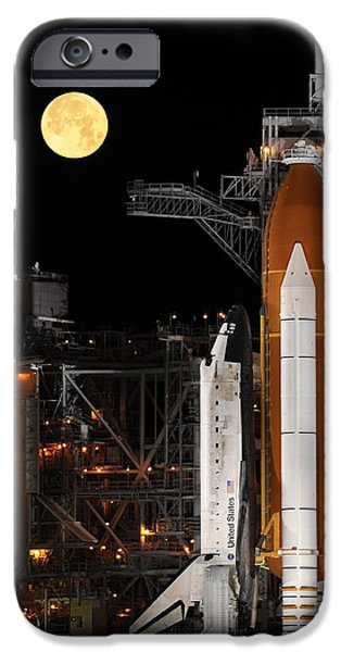 Space-craft iPhone Cases - Space Shuttle Discovery On Launch Pad iPhone Case by Science Source/NASA